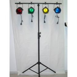 Kompakt lyssæt med 4 stk PAR30 lamper og stativ